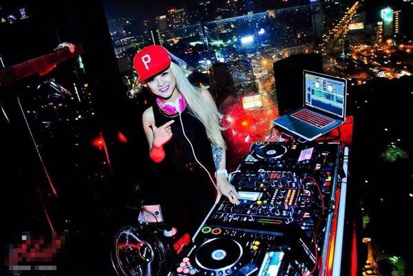 Nghề DJ là gì? Tổng hợp thông tin có thể bạn chưa biết về nghề DJ