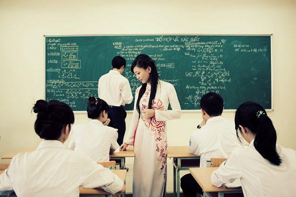 thơ về cô giáo chủ nhiệm ngắn
