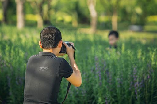 Nghề chụp ảnh là gì? Cần học gì để trở thành một nhiếp ảng gia chuyên nghiệp
