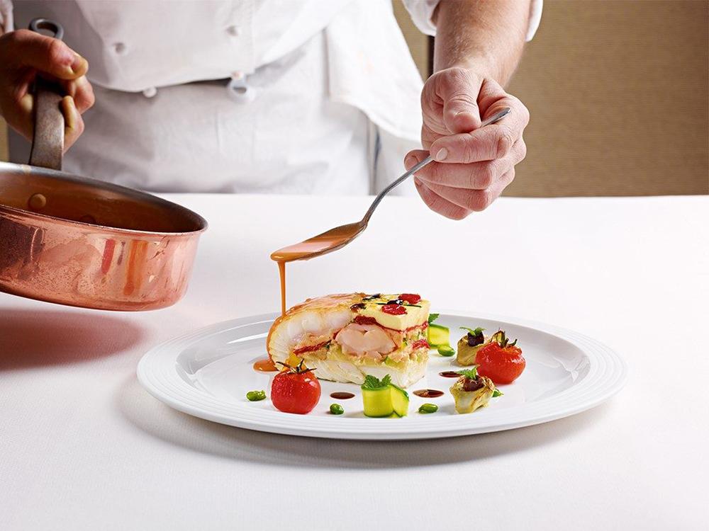 Tìm hiểu mức lương nghề đầu bếp và cơ hội nghề nghiệp trong tương lai