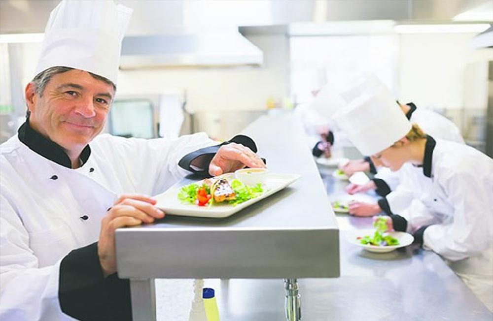 Tìm hiểu nghề đầu bếp là gì và thực sự nghề đầu bếp có tương lai không?